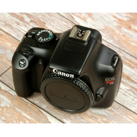 Wholesale Canon EOS1100d Rebel T3 Digital Slr With Charger Battery